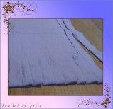 Frei Hand oder mit Schablone schnibbeln - an einer geschlossenen Seite anfangen und einfach gerade schneiden